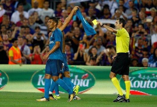 Đẩy trọng tài, Ronaldo đối mặt với án phạt - Ảnh 3.