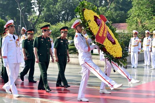 Tổng Bí thư: Không bao giờ quên ơn các anh hùng liệt sĩ, thương binh - Ảnh 4.