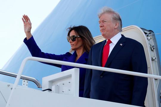 Ông Donald Trump đến Hawaii, hướng tới 13 ngày ở châu Á - Ảnh 1.