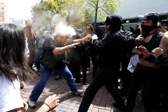 Vụ việc khiến nhiều người bị thương. Ảnh: Reuters