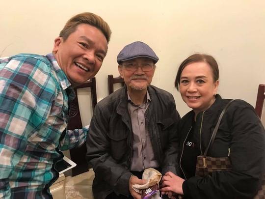 NSND Diệp Lang và ca sĩ Châu Tuấn, NS Minh Phượng trong live show NS Hồng Nga