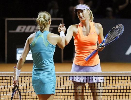 Sharapova vào tứ kết Stuttgart Open, sốc nhỏ ở Barcelona - Ảnh 5.