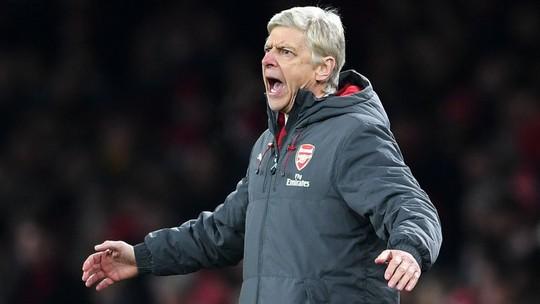 Wenger tức giận và thất vọng sau trận thua M.U - Ảnh 1.