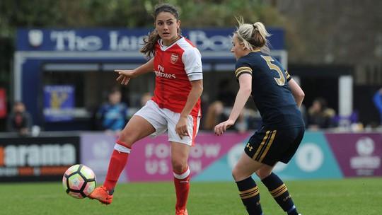 Nữ Arsenal thắng đậm Tottenham rạng sáng 20-3