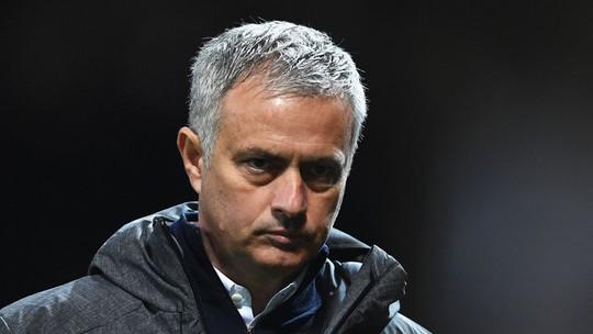 HLV Mourinho sẽ tăng cường lực lượng trong mùa hè và Willian vẫn là mục tiêu số 1