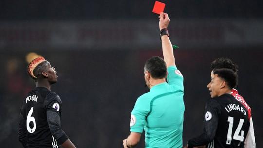 Wenger tức giận và thất vọng sau trận thua M.U - Ảnh 2.