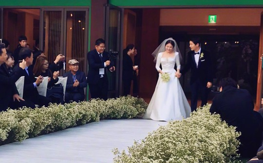 Một người Việt bị phạt vì quay flycam ở khu đám cưới Song Hye Kyo - Ảnh 3.