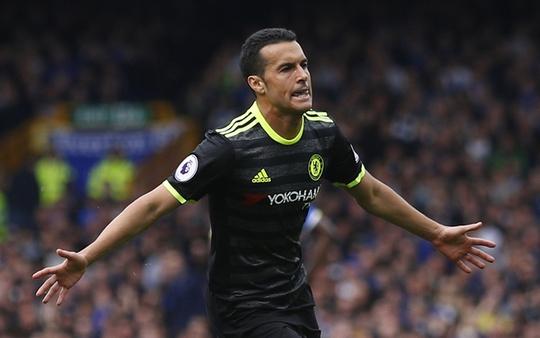 Pedro ghi bàn mở đầu cho chiến thắng tưng bừng của Chelsea