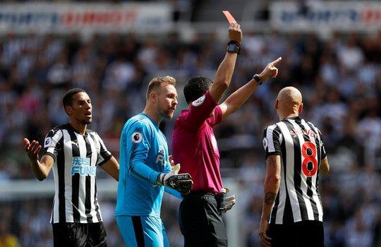 Mất người, thầy trò Benitez thua đau Tottenham ngay trên sân nhà - Ảnh 7.