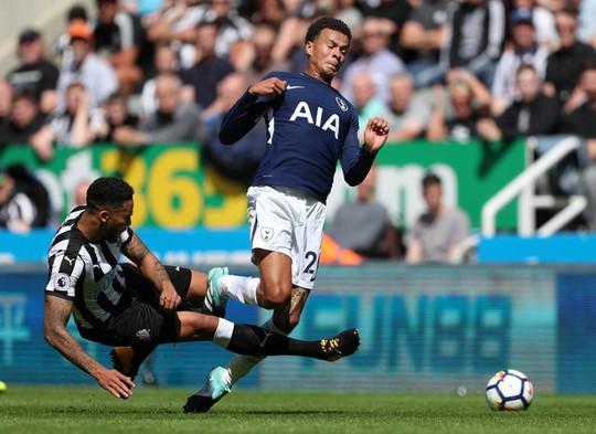 Mất người, thầy trò Benitez thua đau Tottenham ngay trên sân nhà - Ảnh 5.