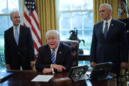 Tổng thống Trump giờ đây xem cải cách thuế là ưu tiên hàng đầu. Ảnh: Reuters