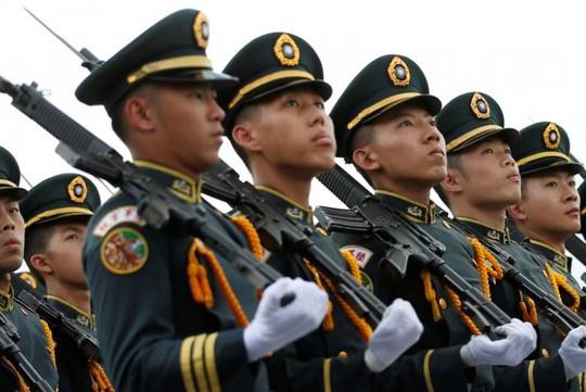 Quân đội Đài Loan trong một cuộc diễu binh. Ảnh minh họa: Reuters
