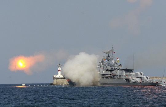 Xác nhận Nga chuyển tàu khu trục Gepard thứ 3 cho Việt Nam - Ảnh 2.