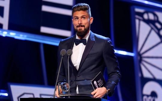 Siêu phẩm bọ cạp giúp Giroud đoạt giải Puskas Award - Ảnh 1.