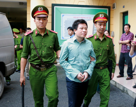 Tuyên án tử hình Nguyễn Xuân Sơn, chung thân Hà Văn Thắm - Ảnh 3.