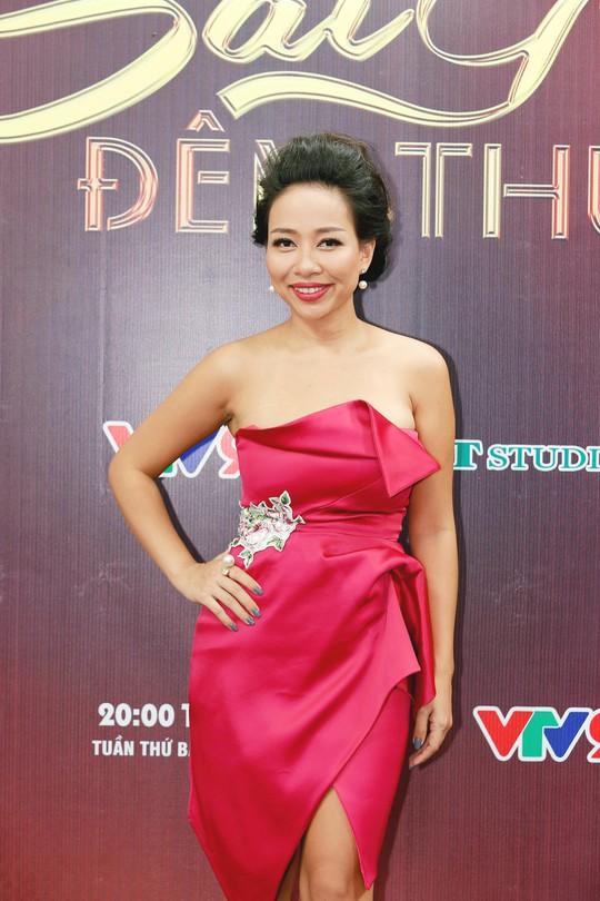 Ngắm bộ sưu tập áo dài tuyệt đẹp mang tên Cô Ba Sài Gòn của NTK Minh Châu - Ảnh 4.
