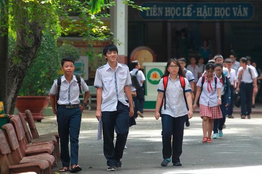Công bố đáp án các môn thi tuyển sinh lớp 10 - Ảnh 1.