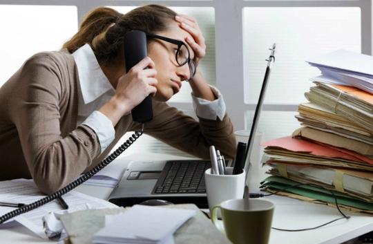 7 thói quen xấu ảnh hưởng đến công việc của bạn - Ảnh 1.