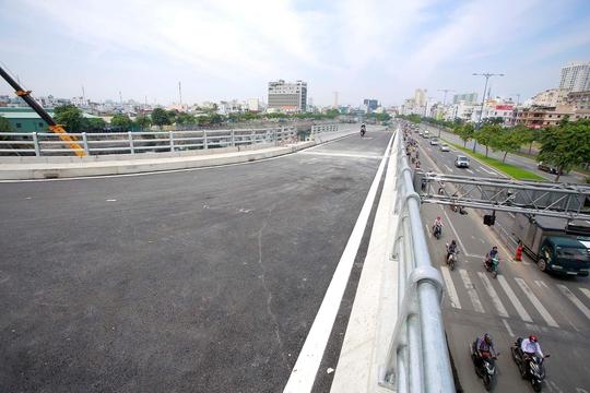 Thông xe nhánh cầu Nguyễn Tri Phương với đường Võ Văn Kiệt - Ảnh 1.