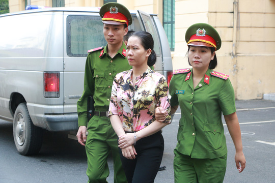Tuyên án tử hình Nguyễn Xuân Sơn, chung thân Hà Văn Thắm - Ảnh 5.