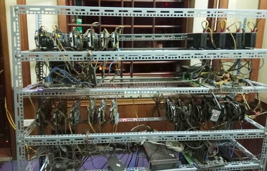 Tận mắt thấy dàn trâu đào tiền ảo Bitcoin tiền tỉ ở Hà Nội - Ảnh 2.