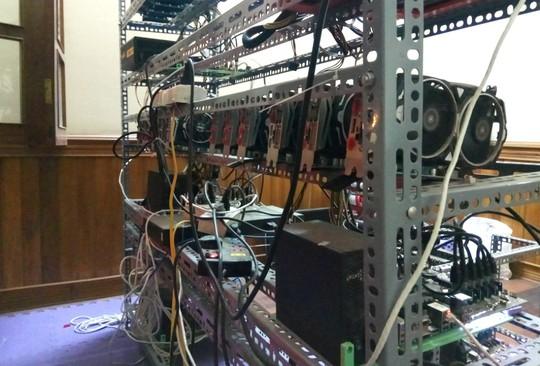 Tận mắt thấy dàn trâu đào tiền ảo Bitcoin tiền tỉ ở Hà Nội - Ảnh 6.