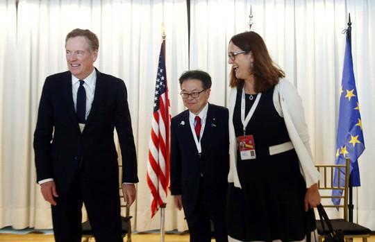 Mỹ - EU - Nhật tăng sức ép lên Trung Quốc - Ảnh 1.