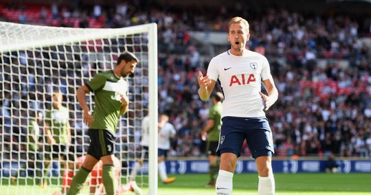 Hàng thủ mơ ngủ, Juventus thảm bại trước Tottenham - Ảnh 1.