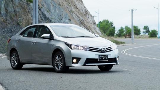 Ô tô giá 300 triệu, người Việt chịu 600 triệu tiền thuế - Ảnh 1.