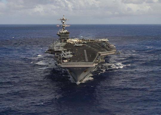 Tàu sân bay USS Carl Vinson Ảnh: Reuter