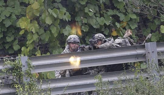 Lầu Năm Góc nói đến kịch bản đưa bộ binh vào Triều Tiên - Ảnh 1.