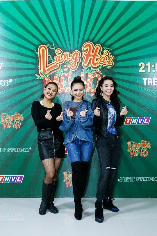Việt Hương làm bà mai, se duyên cho thí sinh Làng Hài Mở Hội - Ảnh 3.