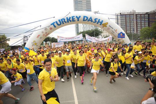 Turkey Dash - Đi bộ từ thiện giúp trẻ em bất hạnh - Ảnh 1.