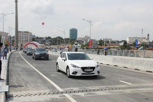 Cầu An Hảo được thông xe trong khi một số hạng mục khác đang được tiếp tục hoàn thiện