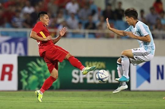 U22 Việt Nam không ghi nổi bàn danh dự trước U20 Argentina - Ảnh 7.