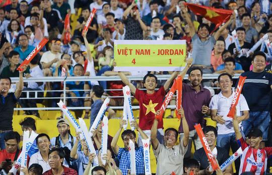 Việt Nam - Jordan 0-0: Đặng Văn Lâm cứu chủ nhà thoát thua - Ảnh 5.