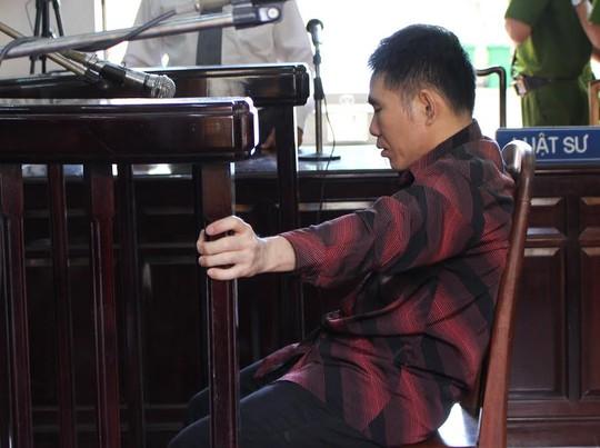 Bị cáo Thu trong giờ tòa nghị án