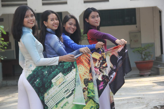 Giáo dục học sinh ý thức giữ mình khi mặc áo dài