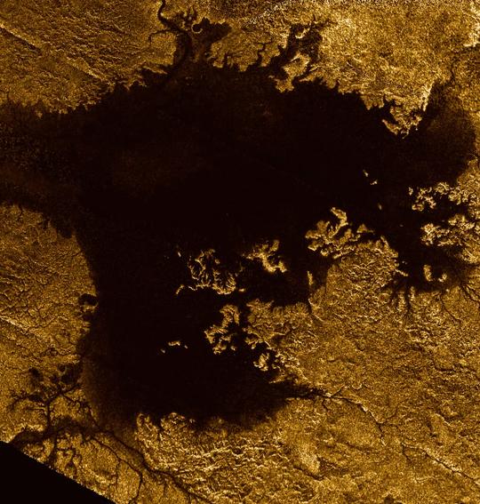 NASA tung chuồn chuồn máy lên mặt trăng của sao Thổ - Ảnh 3.