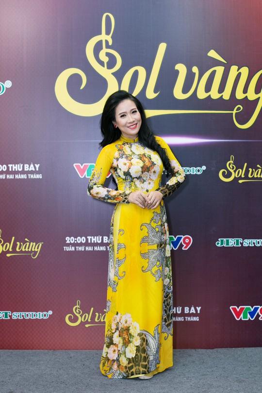 Danh ca Elvis Phương, Họa Mi hội ngộ Sol Vàng tháng 8 - Ảnh 4.