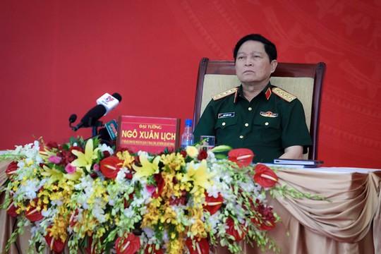 Gặp Bộ trưởng Bộ Quốc phòng: Tân cảng xin giữ 3 công ty  - Ảnh 2.