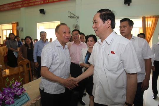 Chủ tịch nước Trần Đại Quang thăm hỏi cử tri Cần Giờ