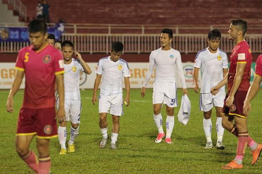 Mất điểm đáng tiếc trước Sài Gòn, thầy trò HLV Hoàng Văn Phúc mất cơ hội lần đầu tiên lên ngôi đầu bảng tại V-league 2017