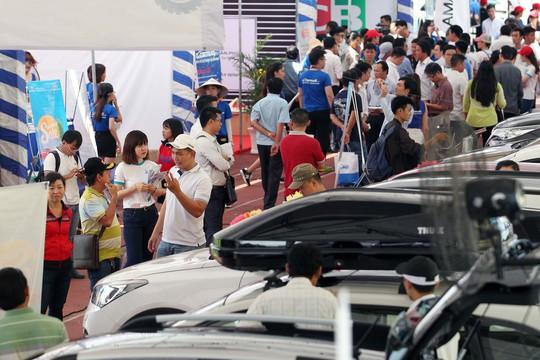 Chợ săn xe tương tự như một Black Friday dành cho xe hơi với chương trình khuyến mãi về giá tốt nhất .