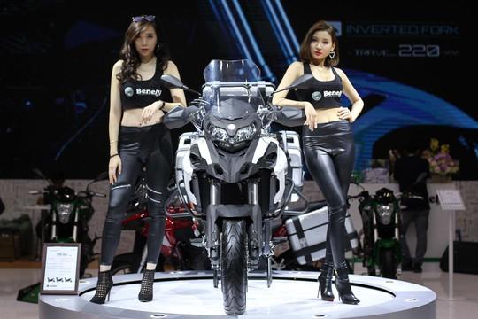 Mô tô cổ điển gây sốt tại Motor show 2017 - Ảnh 15.
