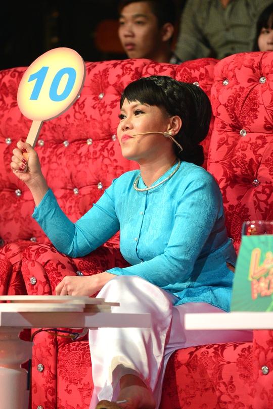 Danh hài Việt Hương trở lại Làng Hài Mở Hội mùa 2 - Ảnh 2.