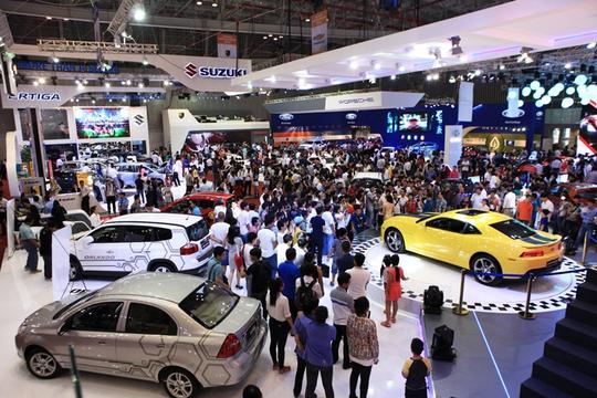 Giảm giá ô tô tại Việt Nam - cơn khát cho người trẻ - Ảnh 1.