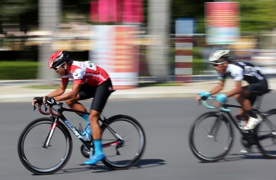 Giải Xe đạp quốc tế VTV: Anh em Duẩn - Minh về nhất - Ảnh 2.