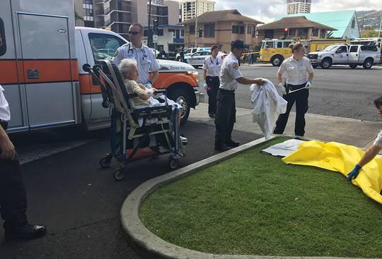 Mỹ: Cháy tòa nhà 36 tầng, 3 người thiệt mạng - Ảnh 4.