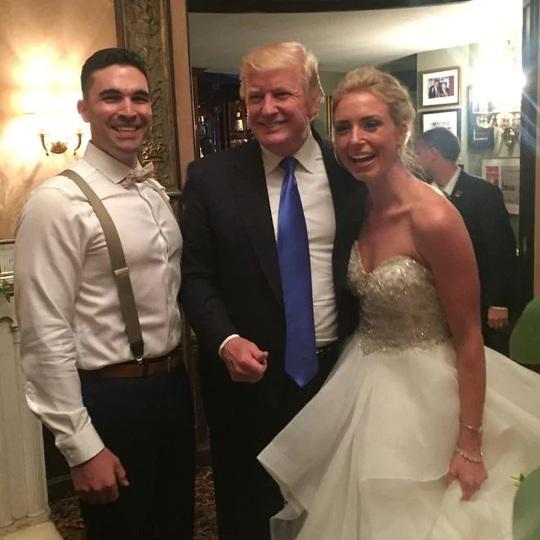 Bất ngờ vì được Tổng thống Donald Trump dự đám cưới - Ảnh 1.